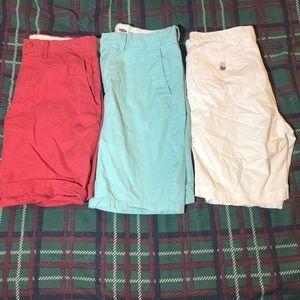 🐶Lot of 3 pairs of Khaki/Chino Shorts